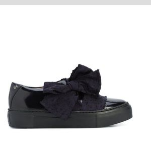 AGL Black patent leather loafers w/blue bow EU36.5